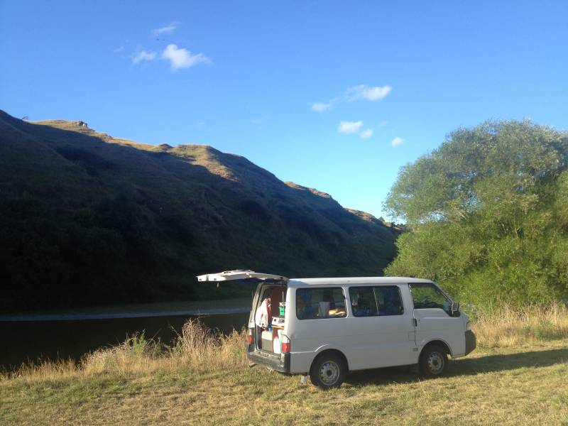 Free camping in New Zealand - tips and where to find these free campspots