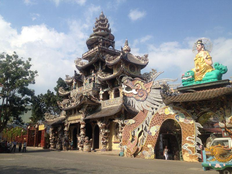 Linh Phuoc tempel