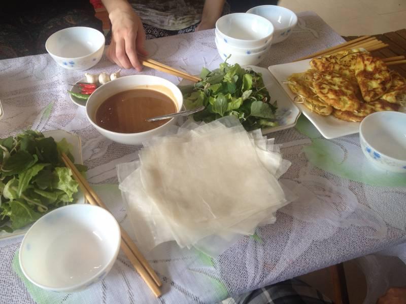 Vietnamese lunch at Sac Xanh homestay