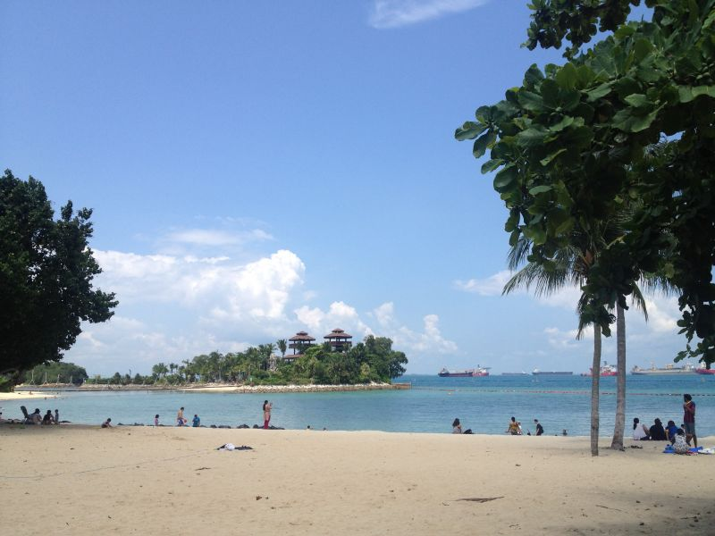 Sentosa Island: artificial beach? Check!