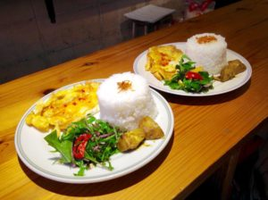 Where to eat in Hiroshima - Osanpo Masara Thai food