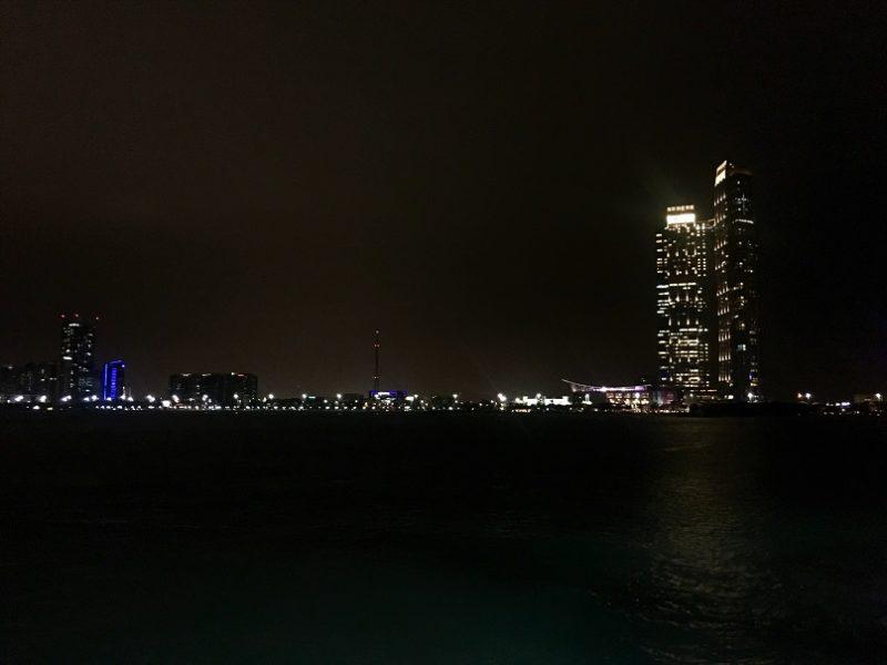 Corniche Abu Dhabi walk