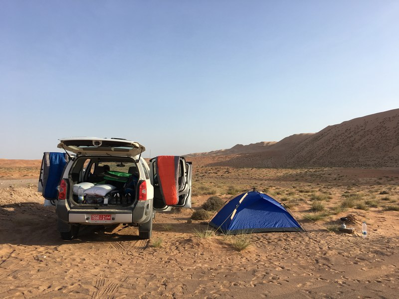 Free campsite in Sharqiya Sands reachable with 4wd 4x4 jeep - camping in the desert