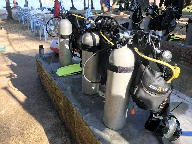 Anti Gravity Divers Dive School Perhentian Island Malaysia - dive equipment