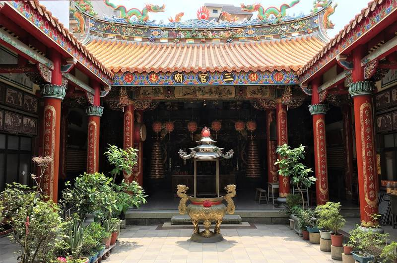 Colorful temple in Tainan, Taiwan