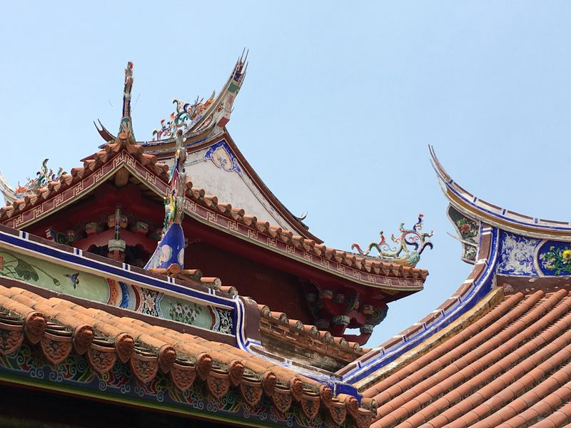 The colorful temples of Tainan