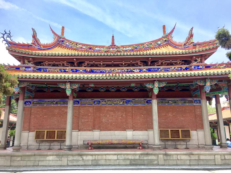 Fun things to do in Taipei - Confucius Temple