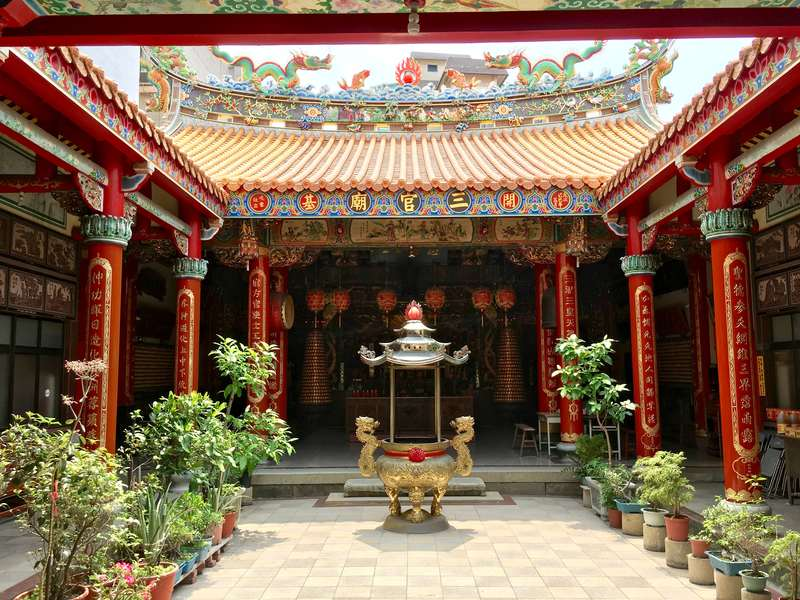 The colorful MaZu temple Tainan is one of the must do activities in Tainan