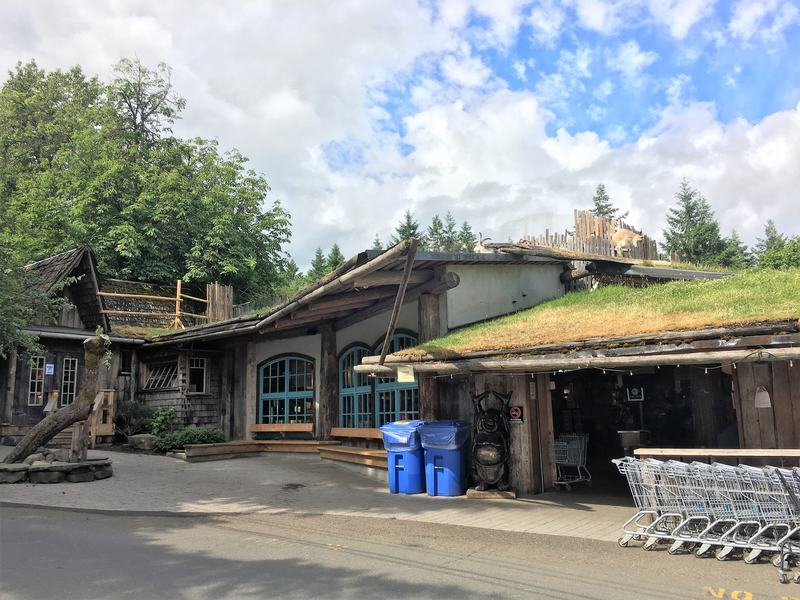Old Country Market in Coombs - famous grazing goats on the roof - Vancouver Island places to visit