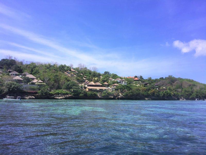 Blue ocean around Nusa Lembongan