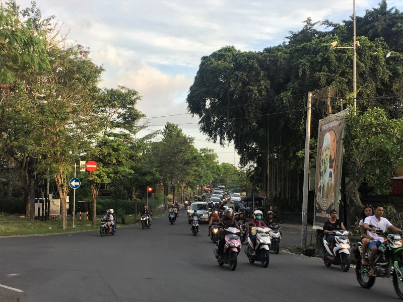 Itinerary for Bali - how to get around on Bali - taxi scooter Uber Go-Jek Grab