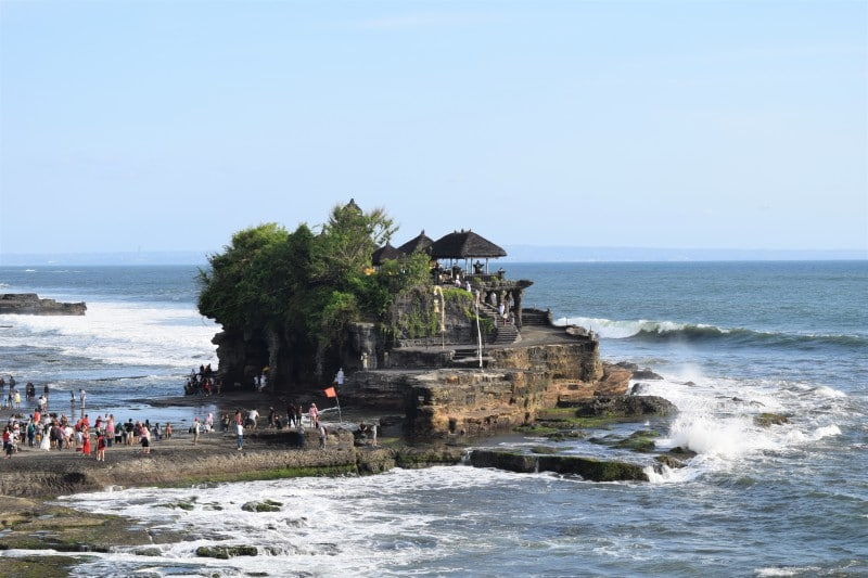 Things to do in Canggu Baili - visit the Tanah Lot Cliff Temple