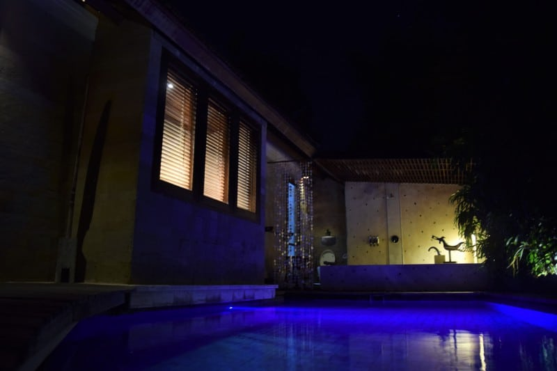 The most romantic villa on Bali by night - how to make your Bali honeymoon super special