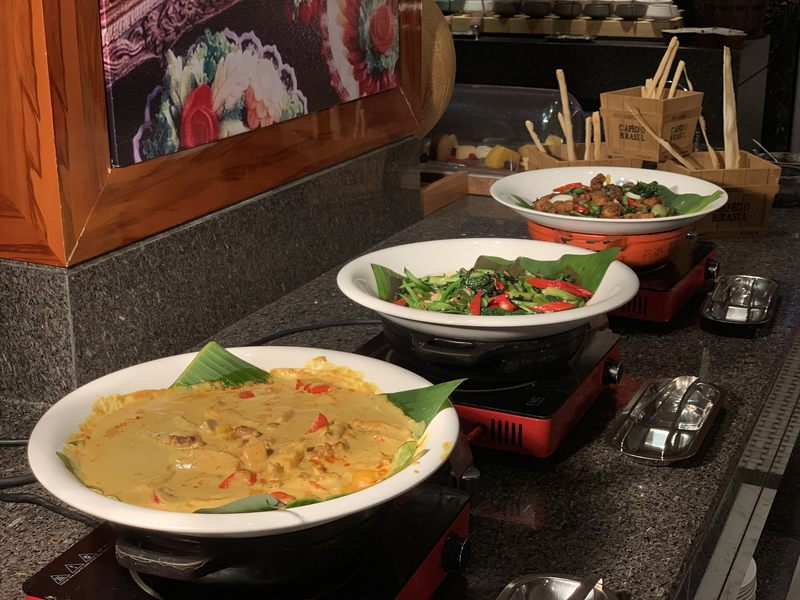 Thai curries at the All Day Dining restaurant Zhaolin Grand Hotel