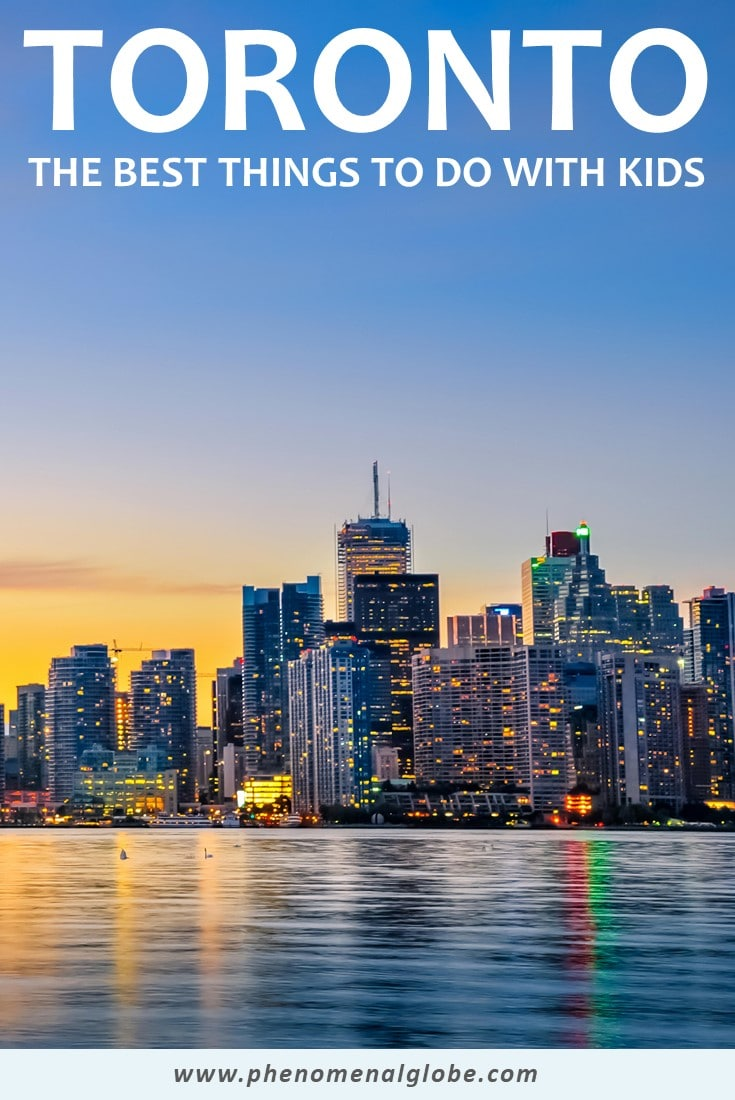 Planning a visit to Toronto with your family? This travel guide by a Toronto local will show you the best things to do in Toronto with kids! Including Toronto family attractions, family friendly places to stay, family friendly places to eat and how to get around Toronto. #Toronto #Canada #FamilyTravel