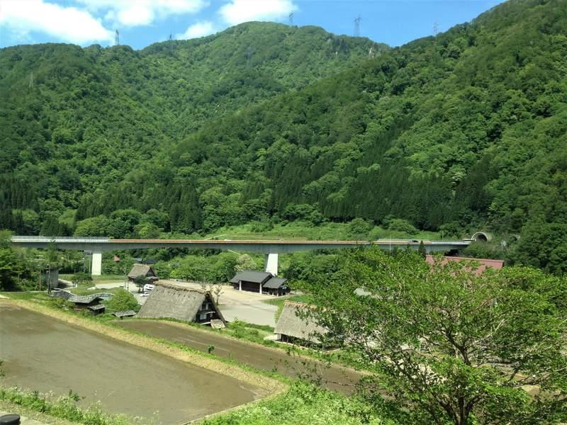 View from the Nohi bus from Kanazawa to Shirakawago
