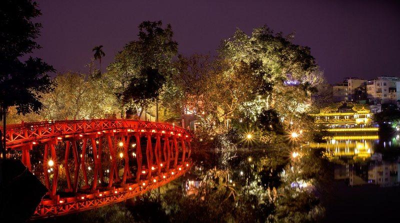 Thue Huc Bridge Hoan Kiem Lake Hanoi