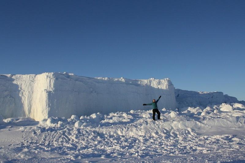 Nunavut Ice Cliffs - photo by Voyageur Tripper
