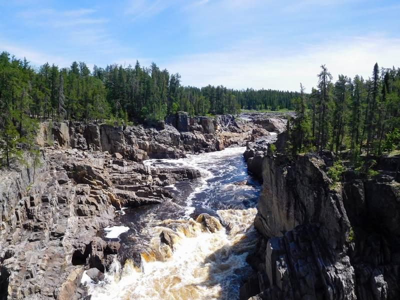 Missinaibi River Thunderhouse Falls kayak trip Canada