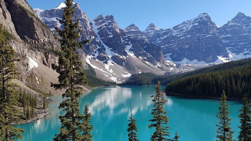 moraine-lake-canadian-rockies-itinerary